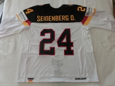 DEB Gameworn Eishockeytrikot 2016/2017 #24 Dennis Seidenberg