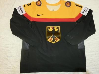 WM2017 Gameworn Eishockeytrikot 2017 #2 Denis Reul