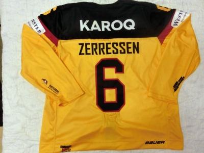 DCup2017 Gameworn Eishockey Trikot #6 Pascal Zerressen